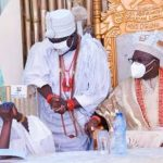 Femi Fani-kayode attacks Tinubu for failing to stand up to greet Ooni of Ife‎